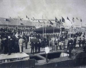 Botadura del submarino Peral el 8 de septiembre de 1888